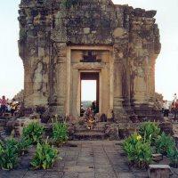 Preah Khan and Phnom Bakheng