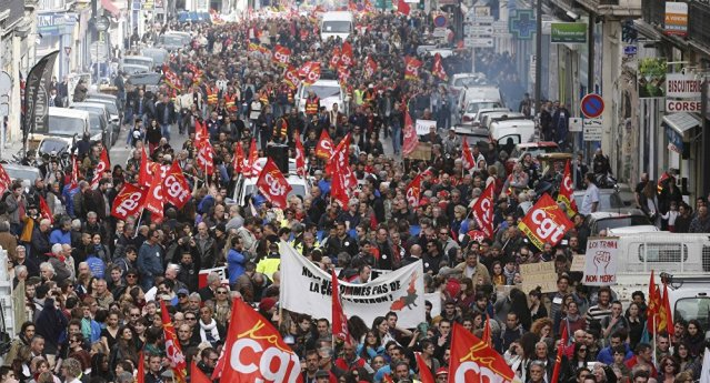 France - protests_01