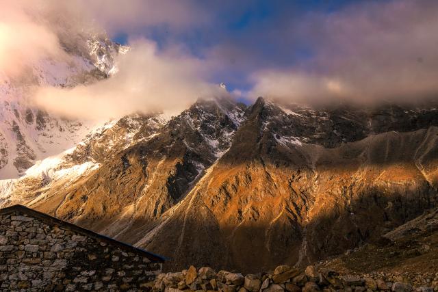 Through The High HimalayanTundra