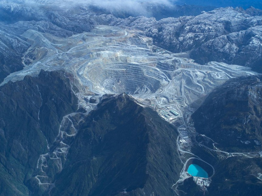 Mining – Gold – Indonesia – Specter of unrest in Indonesian mine mire