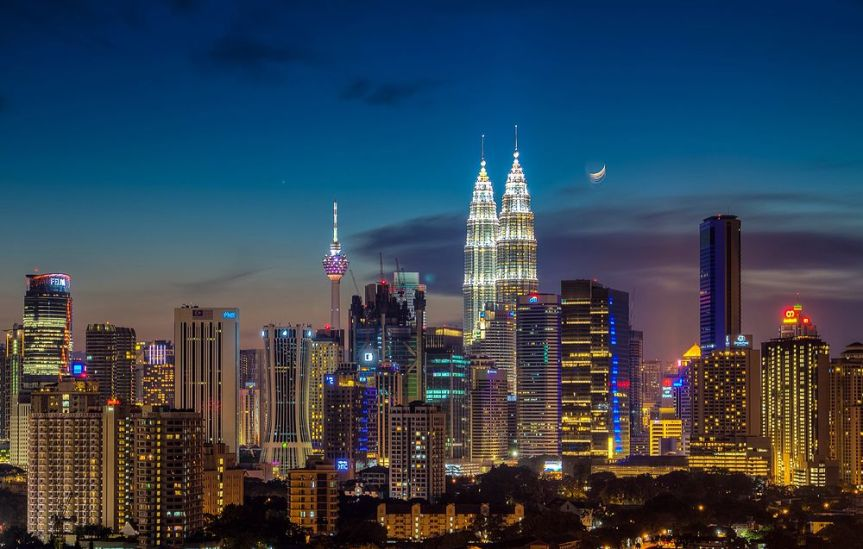 Chinese 'taking over' Malaysia in 20 years, politician warns