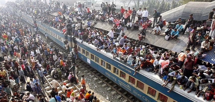 Dhaka finds itself at crossroads of global, internalaffairs